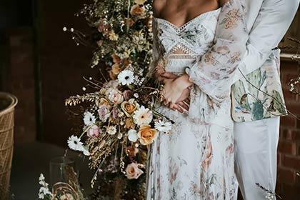 hoa cưới cô dâu đẹp